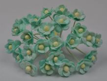 1.3cm JADE GREEN DOUBLE-LAYERED Daisy Mulberry Paper Flowers